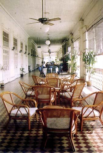 station-hotel1