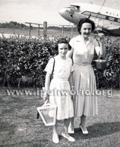 Marea at air port 1953